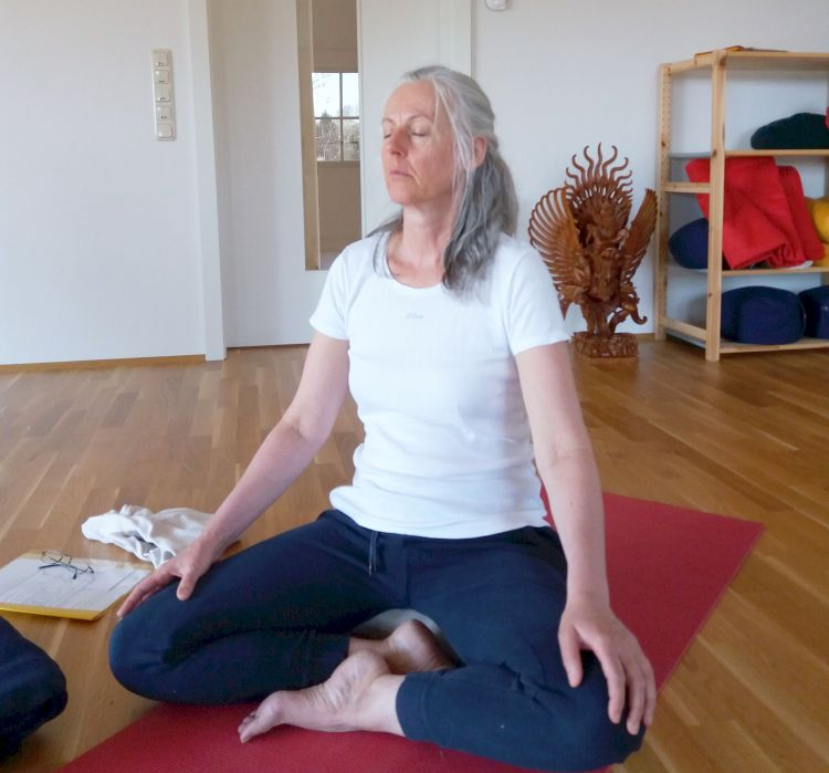 Isabella Meditation 750